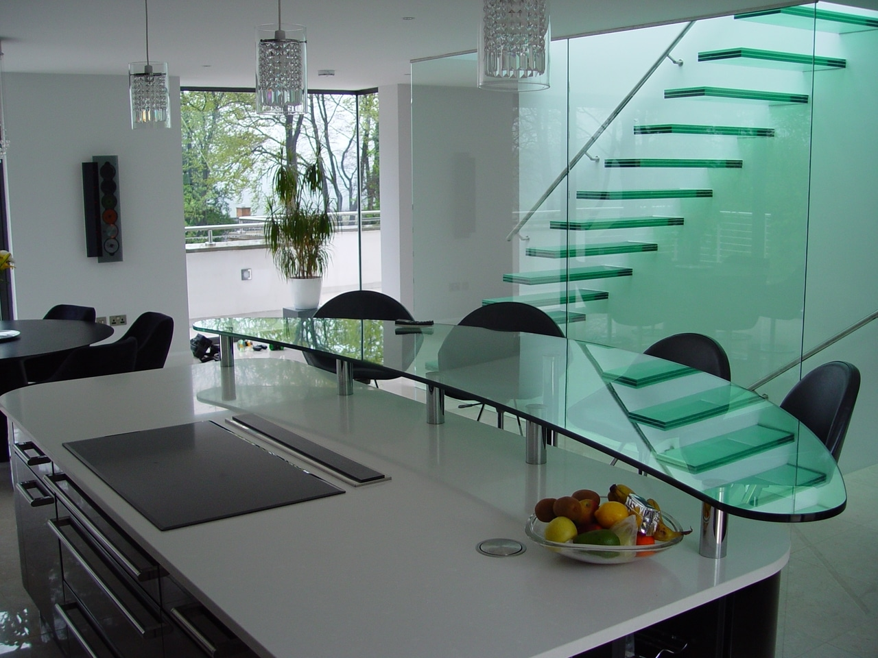 Counter glass harbor all glass mirror inc for Floating breakfast bar
